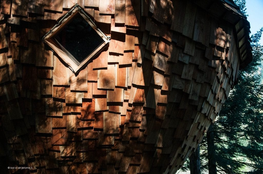 cabane dans les arbres glamping