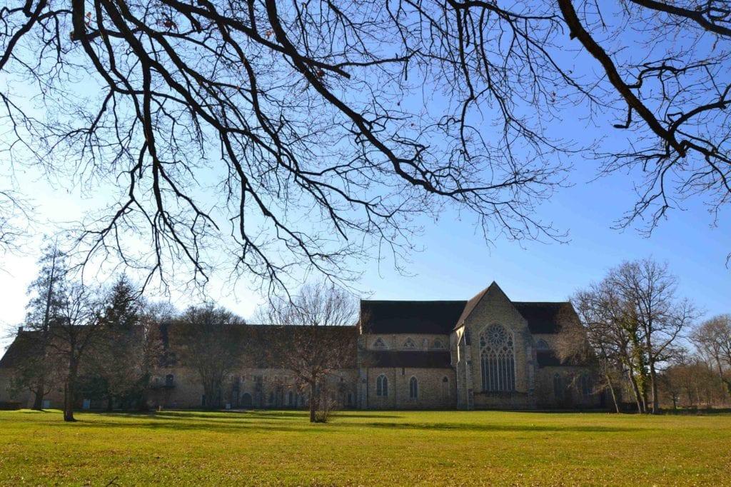 Vue abbaye royale de l'epau