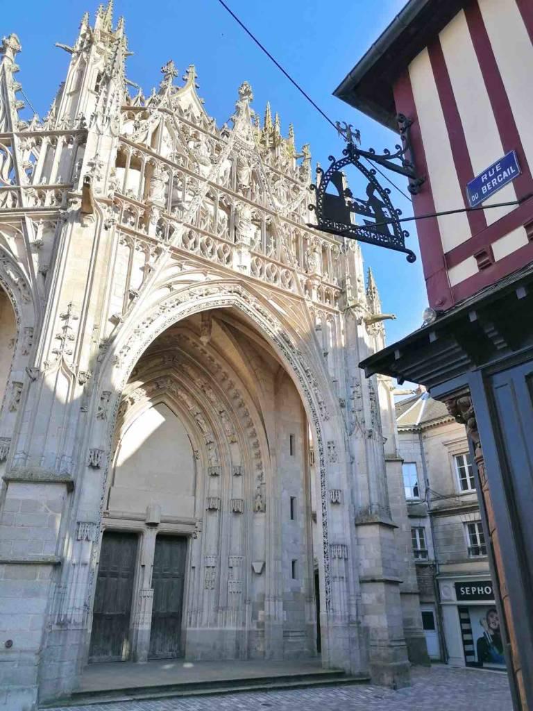 portail basilique notre dame alençon