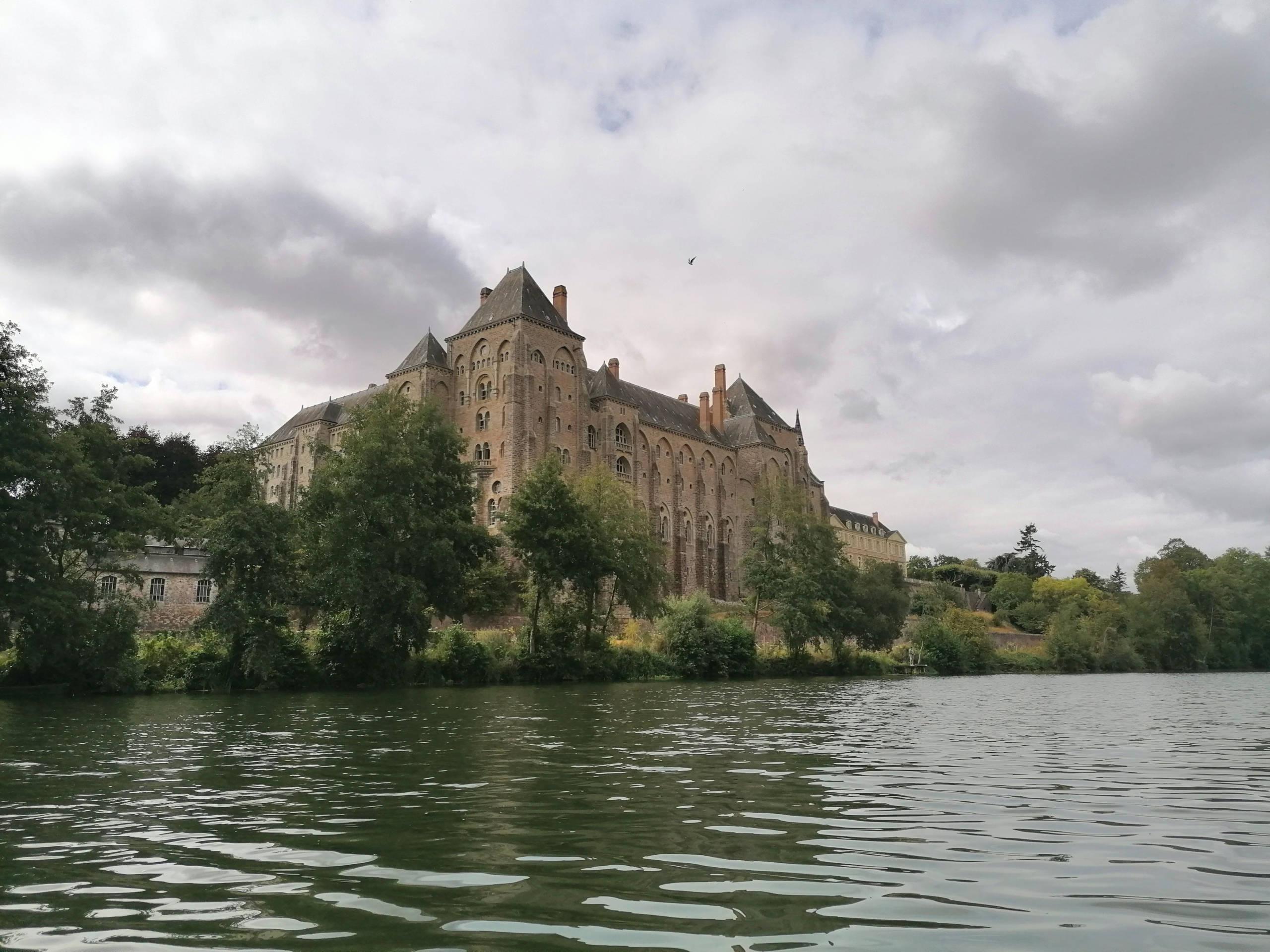 Solesmes et abbaye en Sarthe